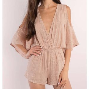 NWT Tobi Mauve Cold Shoulder Romper
